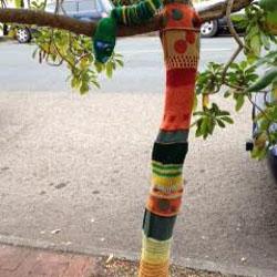 Knit Tree Trunk Warmer